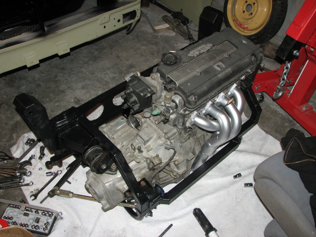 Honda Accord Knock Sensor additionally Diy Vtec Subframe Page 3 16v Mini Club Forums additionally Engine Wiring Harness Diagram as well Honda P28 Ecu Wiring Diagram furthermore Windshield Wiper Wiring Diagram. on p30 ecu wiring diagram